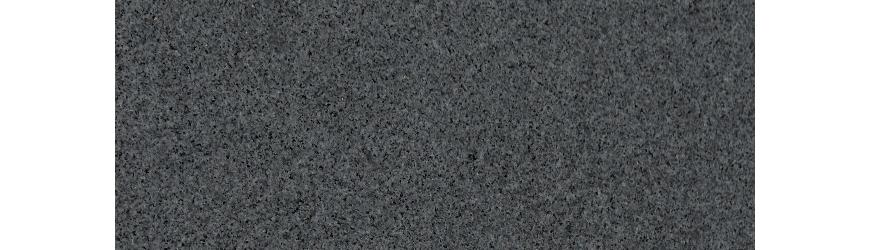 Wir fertigen Küchenarbeitsplatten aus dunklem Dioritgranit auf Maß